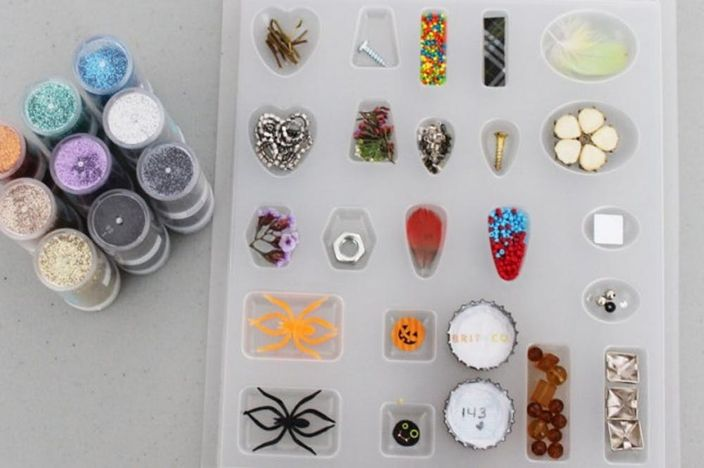 Resin Jewellery and Mould