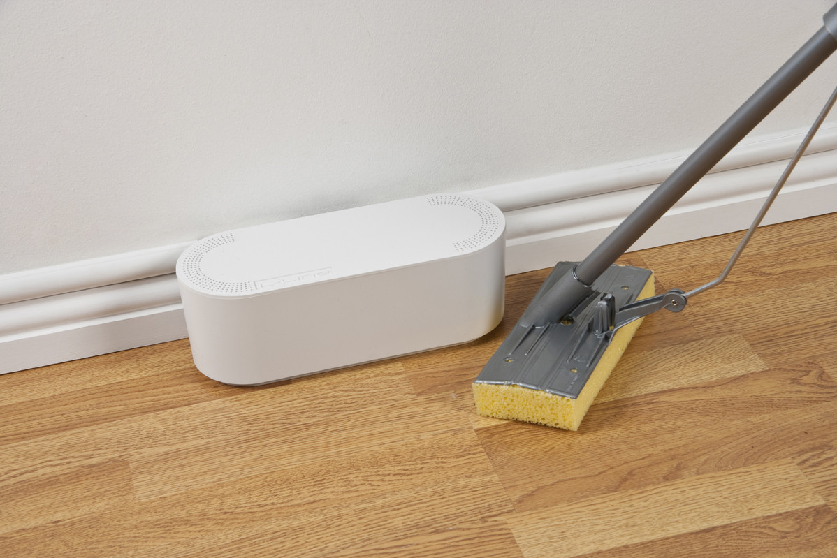 D Line Cabletidy Unit Small White
