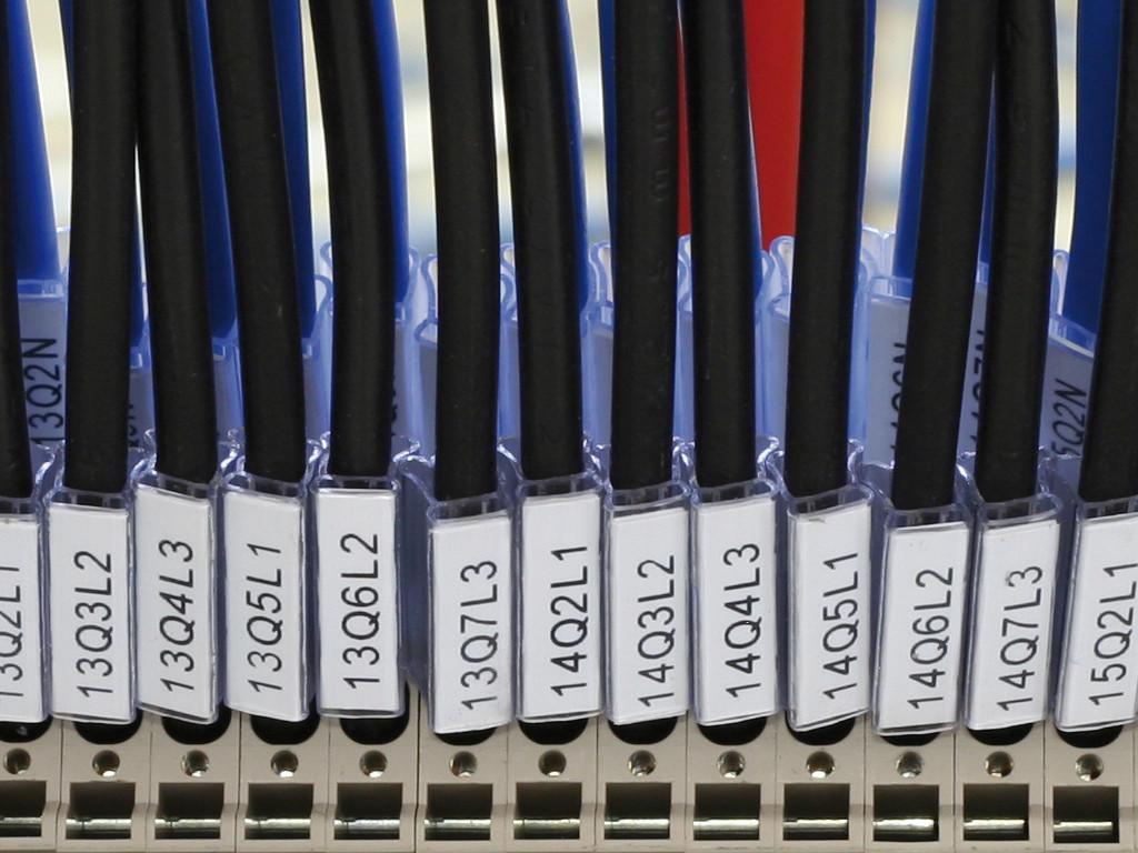 MG-TPMF Tag 42092B-HF 4mm x 15mm White