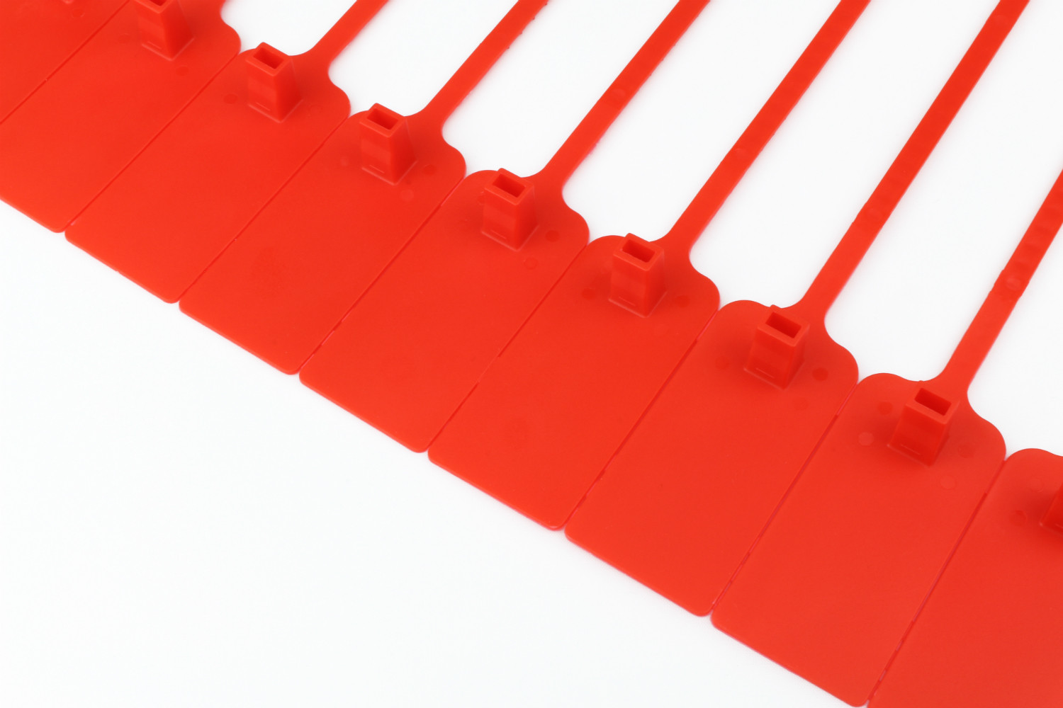 Tracewaste Pull Through Seals - Red 100 pieces