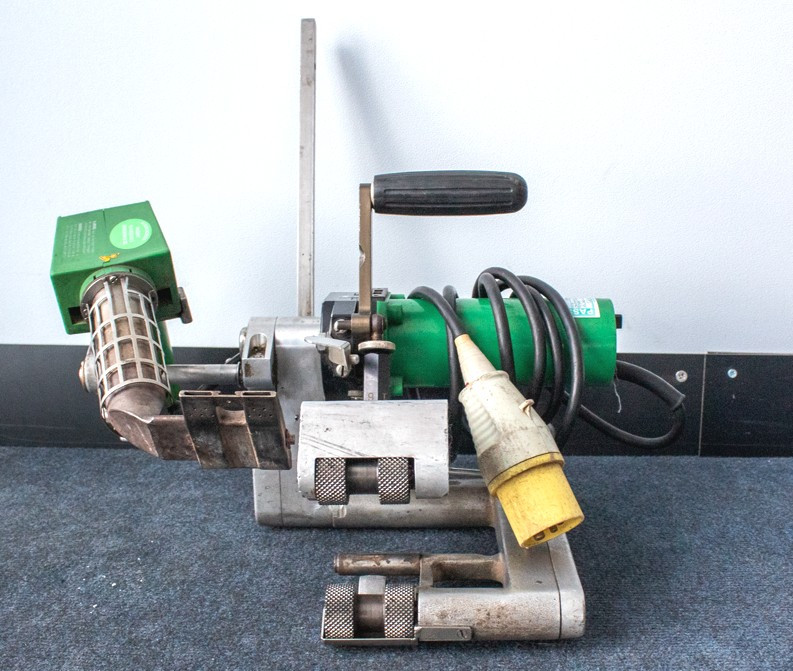 Leister with Combi Nozzle 120V