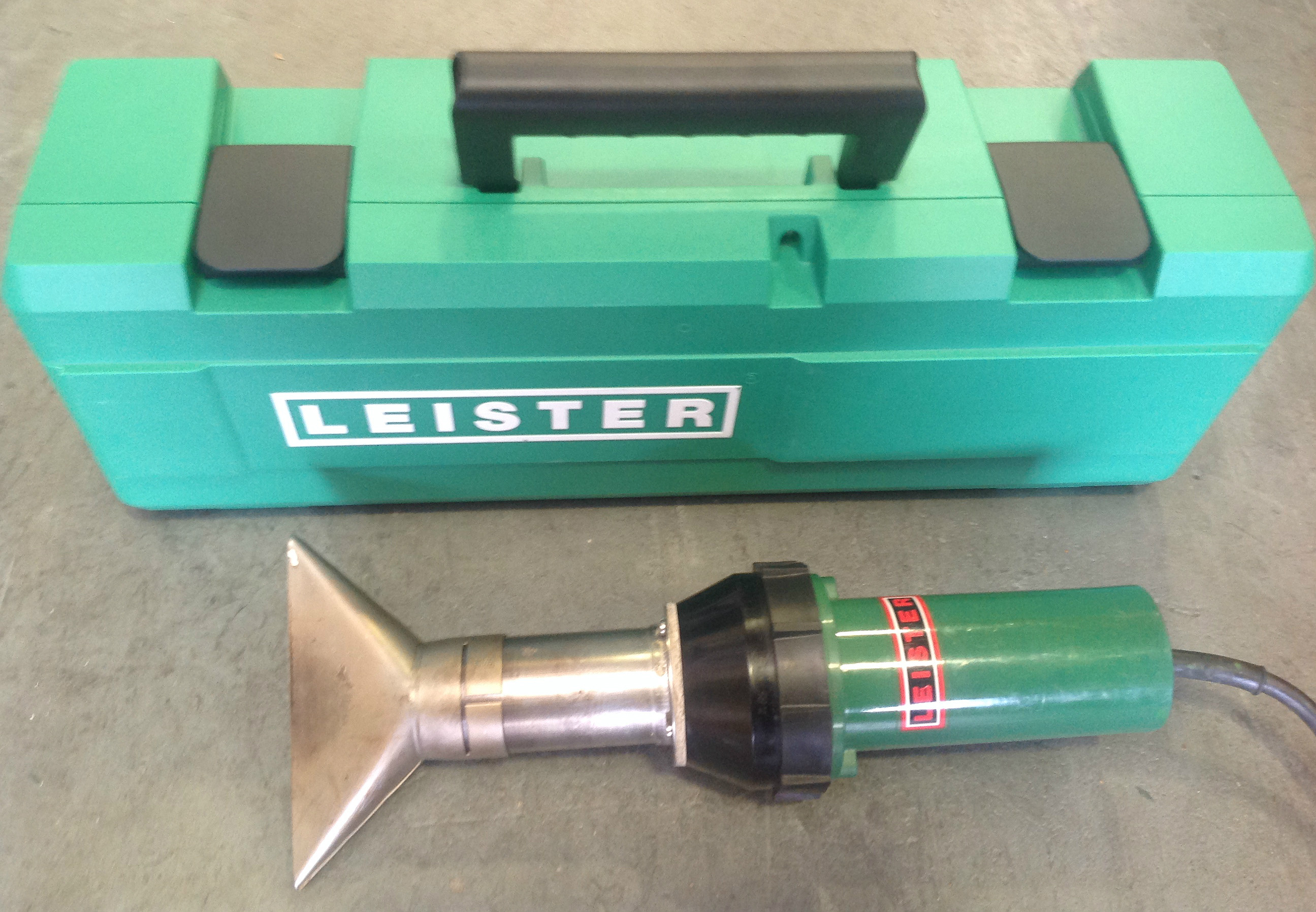 Leister Electron Hot Air Roofing Welder Heat Gun with Unique Nozzle and Brand New Case   - 240V (USED155)