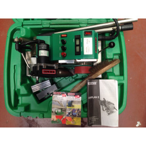 Leister Uniplan E Pup 30mm PVC Banner Welder 120V Kit with 2 Weights & Carry Case (USED140)